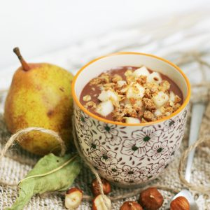 Plant-based chocolate cream, hazelnuts and pear
