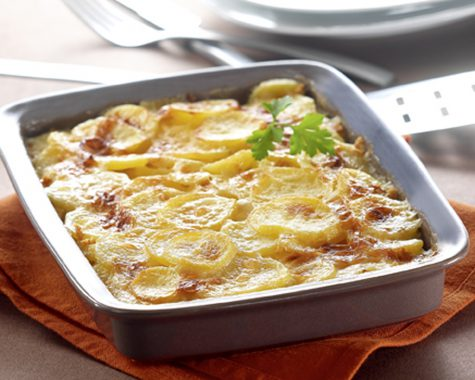 Sliced potato bake with rice drink