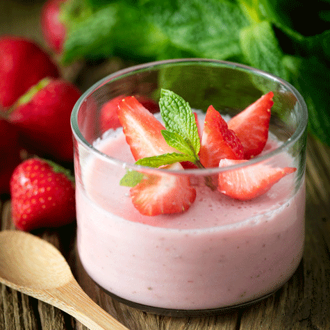 Zingy strawberry and mint dessert